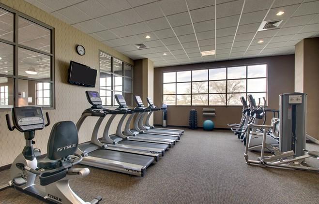 Drury Plaza Hotel Broadview Wichita - Fitness Center
