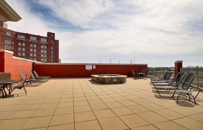 Drury Plaza Hotel Broadview Wichita - Outdoor Pool