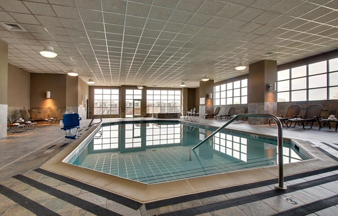 Drury Plaza Hotel Broadview Wichita - Indoor Pool
