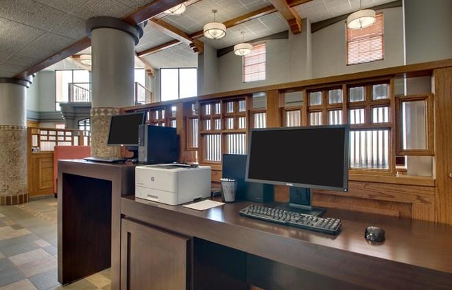 Drury Inn & Suites Albuquerque - 24 Hour Business Center