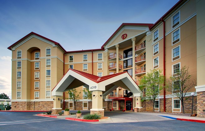 Drury Inn & Suites Albuquerque - Exterior