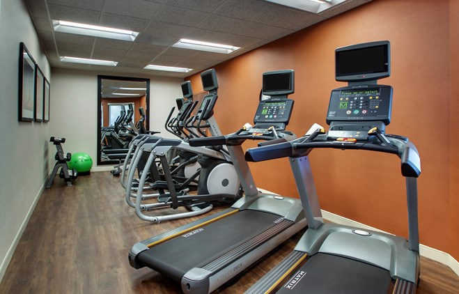 Drury Inn & Suites Iowa City Coralville - Fitness Center
