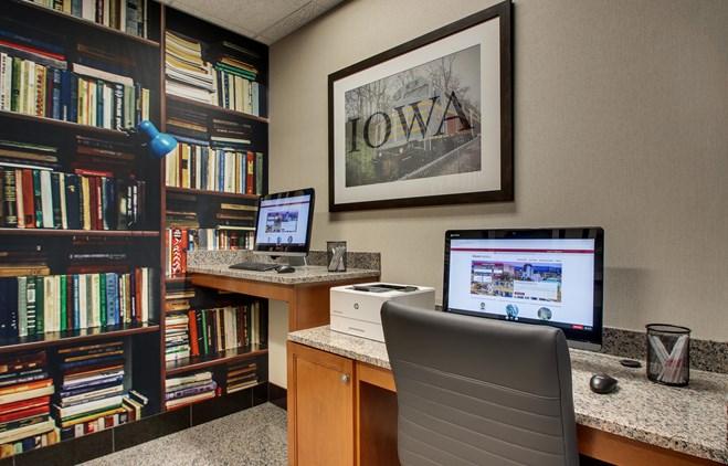 Drury Inn & Suites Iowa City Coralville - Business Center