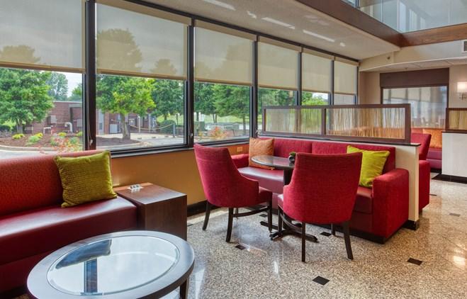 Drury Inn & Suites Evansville - Lobby