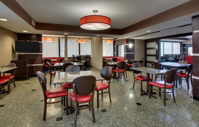 Drury Inn & Suites Houston the Woodlands - Dining Area