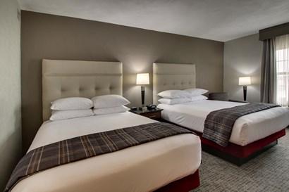 Drury Inn & Suites San Antonio Northeast Medical Center - Deluxe Queen Guestroom