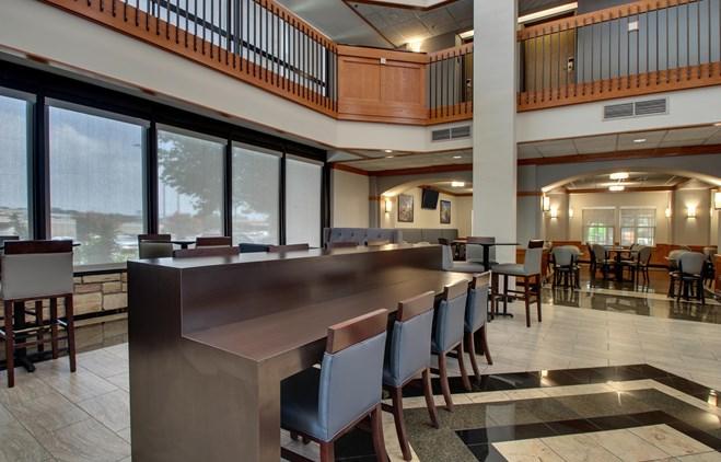 Drury Inn & Suites San Antonio Northeast Medical Center - Lobby