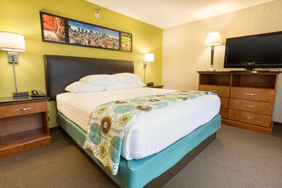 Drury Inn & Suites Houston near the Galleria - Two-room Suite Guestroom