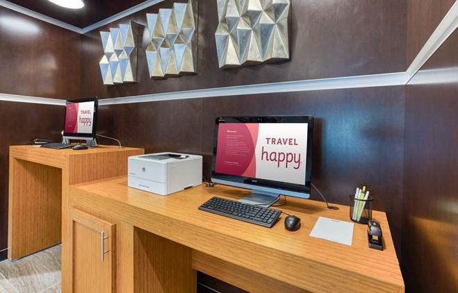 Drury Inn & Suites Cincinnati Northeast Mason - 24 Hour Business Center